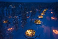 Kakslauttanen Hotel Igloo Village, Finland Who hasn't ever dreamt of living in an igloo? At the Kakslautten Hotel Igloo Village in Finland, you could do just that, while watching the Northern Lights. Northern Lights Hotel, See The Northern Lights, Unique Hotels, Best Hotels, Amazing Hotels, Oh The Places You'll Go, Places To Travel, Glass Igloo Hotel, Resorts