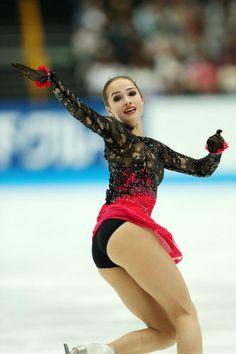【フィギュアスケート】アリーナ・ザギトワ かわいい画像まとめ - NAVER まとめ Female Athletes, Women Athletes, Alina Zagitova, Skate Girl, Ice Skating Dresses, Girls In Mini Skirts, Gymnastics Girls, Ice Queen, Athletic Women
