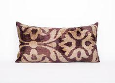 beatifull pillow  silk velvet on 1 side and silk on by Ottomany