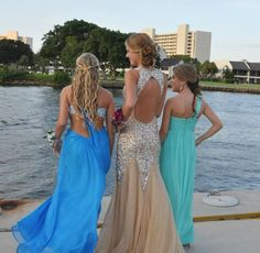 Prom :) mermaid hair & gorgeous dresses
