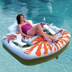Raft lounger with hand powered propellers. this would be great for the lake!!!