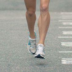 Spor Ayakkabısı Seçerken Dikkat ! Uludağ Üniversitesi Tıp Fakültesi Spor Hekimliği Ana Bilim Dalı Başkanı Prof. Dr. Hakan Gür, spor yaparken ayakkabı ile zemin arasındaki etkileşimin, ayakta ve bacakta oluşacak yüklerin en önemli belirleyicilerinden olduğunu söyledi. Spor yapılan zeminde değişiklikler yapma şansı yoksa kişinin ayak yapısı, basış özellikleri ve zemine en uygun ayakkabı seçiminin, öncelikli yapılması gerekenler arasında yer aldığını belirten Gür, zemine uygun ideal spor…