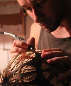 CALABARTE - Art of light. Unique handcrafted gourd lamps.