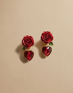Dolce & Gabbana Online Store, shop on the official store exclusive clothing and accessories for men and women. Ear Jewelry, Cute Jewelry, Jewelry Accessories, Jewelry Design, Dolce Gabbana Online, Dolce & Gabbana, Piercings, Cute Earrings, Beautiful Earrings