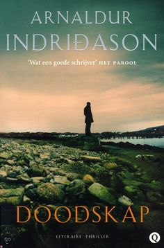 29/53 Mijn eerste Arnaldur Indridason, over wie velen hoog opgeven. Viel wat tegen qua suspense; veel psychologie en maatschappijkritiek en hier en daar wat ongeloofwaardig plot. Zal ooit nog wel eens iets van deze schrijver lezen, maar niet meteen.