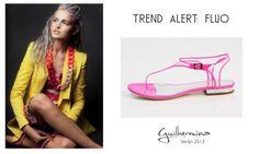 Tom Fluo  #guilhermina #sapatodeluxo #guilhermina_shoes #trend #Verao2013 #moda #calcadosfemininos #shoes #fluo #neon #rasteirinha