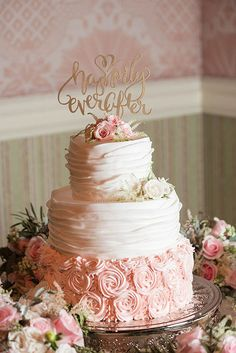 Nice 80+ Beautiful Disney Wedding Theme Ideas https://weddmagz.com/80-beautiful-disney-wedding-theme-ideas/