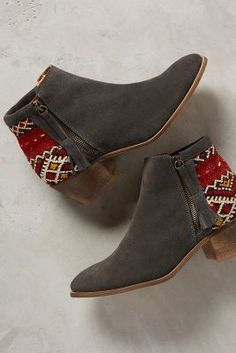 Howsty Tahirah Booties #anthrofave