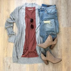 A New Day cocoon cardigan, Express One Eleven twist hem tee, Vince Camuto booties, BlankNYC jeans Source by winter outfits Mode Outfits, Jean Outfits, Casual Outfits, Fashion Outfits, Womens Fashion, Dress Casual, Fashion Skirts, Girly Outfits, Fashion Hats