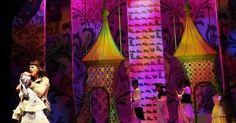 The Emperor's New Cl - The Emperor's New Clothes. Chicago Shakespeare Theater. Scenic design by Kevin Depinet. --- #Theaterkompass #Theater #Theatre #Schauspiel #Tanztheater #Ballett #Oper #Musiktheater #Bühnenbau #Bühnenbild #Scénographie #Bühne #Stage #Set
