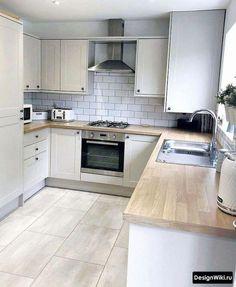 Comfortable Kitchen Floor Ideas That You Might Apply To Your Kitchen Home Decor Kitchen, Kitchen Interior, Rustic Kitchen, Kitchen Flooring, Kitchen Cabinets, Best Kitchen Designs, Küchen Design, Design Ideas, Kitchen Layout