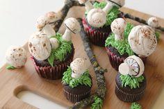 Making Meringue Mushrooms - girl. Inspired.