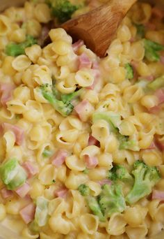 Creamy Ham and Broccoli Shells and Cheese - Cheesy, delicious and easy to make pasta dish with wholesome ingredients!