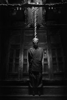 Akiko Takizawa :: Mother, Rope, Gelatine silver print, (From the Where We Belong Collection)