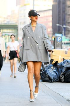 Mode Rihanna, Rihanna Style, Street Style Outfits, Fashion Outfits, Womens Fashion, Mode Dope, Looks Style, My Style, Alexander Mcqueen