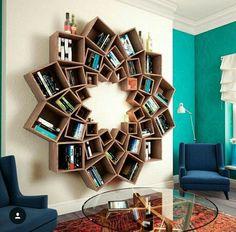 Esses nichos têm 3 funções: acomodar com charme livros e pequenos objetos, decorar sua sala ou escritório e impressionar seus convidados! #charme