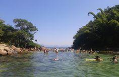 Os encantos da Lagoa Verde, uma das mais belas praias de Ilha Grande, Rio de Janeiro