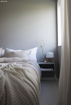 my scandinavian home - bedroom creme Small Room Bedroom, Home Decor Bedroom, Bedroom Furniture, Bedroom Colors, Master Bedroom, Norwegian House, Bedroom Photos, Scandinavian Home, Luxury Bedding