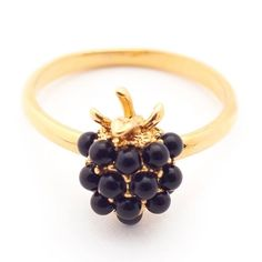 Bill Skinner Blackberry Ring Detailed with stunning Swarovski's Beautiful gold plating Size M A perfect gift for someone special, or yourself! Fashion Rings, Fashion Jewelry, Lovely Shop, Blackberry, Costume Jewelry, Unique Jewelry, Unique Rings, Gold Rings, Berries