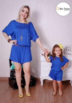 """Mommy and I are wearing clothes that enable us to relax. Fashion Kids, Toddler Fashion, Mother Daughter Fashion, Mother Daughter Matching Outfits, Mom Dress, Sewing Studio, Mommy And Me, Little Princess, Pyjamas"