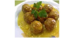 Recipe albondigas con salsa de almendras al vapor by learn to make this recipe easily in your kitchen machine and discover other thermomix recipes in carnes y aves. Gourmet Recipes, Cooking Recipes, Healthy Recipes, Albondiga Recipe, Tapas, Pork Skewers, Stuffed Peppers Healthy, Spanish Dishes, Food Decoration