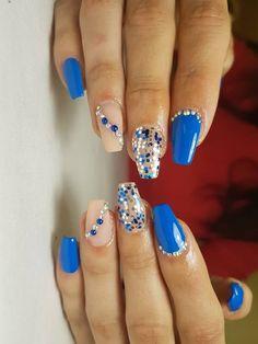 #blue #glitternails #glitternails2018 #nailart #naildesigns  #naildesign2018