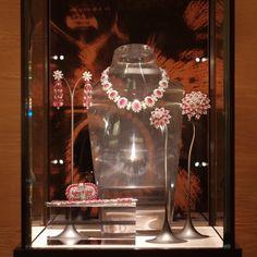 Ruby Jewelry, Jewelry Show, Bridal Jewelry, Jewelry Design, Lotus Jewelry, Diamond Jewellery, Rome, Real Costumes, Diamond Stores