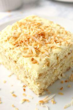 Coconut Pineapple Cake RecipeFollow for recipesGet your FoodFfs  Mein Blog: Alles rund um Genuss & Geschmack  Kochen Backen Braten Vorspeisen Mains & Desserts!