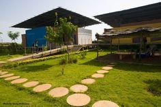 CBF - Centre Pour Le Bien-être Des Femmes - Picture gallery Ouagadougou Burkina Faso, Centre, Sidewalk, Architecture, Women, Arquitetura, Side Walkway, Walkway, Architecture Design