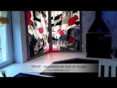 """Une création de Stef Atelier Vitraux d'art : un vitrail moderne """"explosion en noir et rouge"""" pour une cuisine contemporaine - #Art #Lorraine"""