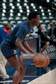 Victor Oladipo of the Indiana Pacers handles the ball during warmups before  the game against the Detroit Pistons on December 2017 at Bankers Life  Fieldhouse ... 527b964c8