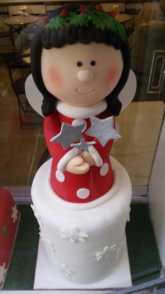 Angioletto natalizio. Cake design creato dalla pasticceria Escriba' di Barcellona.
