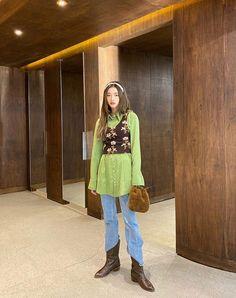 Bad Fashion, Korea Fashion, Spring Fashion, Fashion Beauty, Woman Fashion, Mode Outfits, Grunge Outfits, Fashion Outfits, Fashion Trends