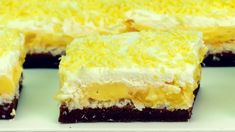 """You'll understand why it's so popular just after you taste it -""""Floare de colț"""" Banana Pie, No Cook Desserts, Dessert Drinks, Sweet Cakes, Other Recipes, Cake Pops, I Foods, Deserts, Food And Drink"""