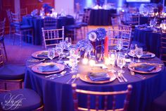 Gold and blue chic wedding decor. Wedding by kamariage.com  Photographer: Gabriel Rancourt