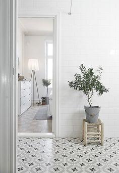 Home tour | A monochrome Swedish apartment | These Four Walls blog