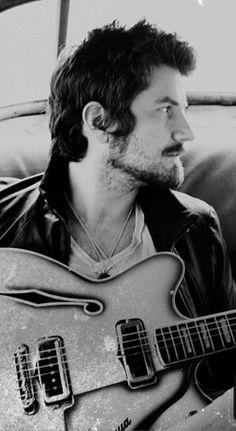 Matt Nathanson ---- not quite mainstream, but really like his music.