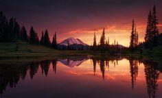 Mount Rainier | Foto por Matthew Hahnel