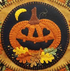 Fall Wool Applique Kit Pumpkin Wool Applique Penny Rug Kit Halloween Applique Kit Embroidery Wool Applique Pattern Kit, Fall-ing in Love – 2019 - Wool Diy Halloween Applique, Halloween Quilts, Halloween Felt, Wool Applique Patterns, Felt Applique, Adornos Halloween, Primitive Quilts, Felted Wool Crafts, Wool Quilts