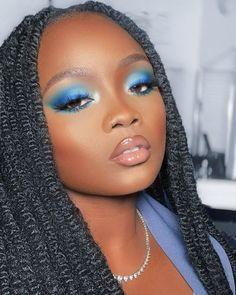 Likes, 161 Comments - Bisola Omoregha Black Queen Makeup, Makeup For Black Skin, Bright Eye Makeup, Blue Makeup, Girls Makeup, Simple Makeup Looks, Makeup Eye Looks, Creative Makeup Looks, Gorgeous Makeup