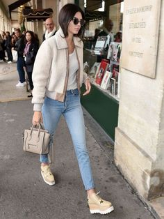 Kendall looking casual-chic in her fabulous Stella McCartney platform Derby  shoes. Shearling Jacke a51a57576414