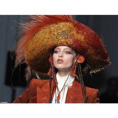 Coiffure et maquillage - haute couture été 2010 - Jean-Paul Gaultier (2)