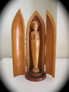 Vintage VIRGIN MARY 4.5 Hand Carved Wood Shrine by VINTAGELOURDES