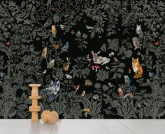 Boost your wall with one of the stunning murals by Domestic!The wallpaper Foret Noire is a design of Natalie Lete.Printed non-woven paper, each decoration measures 372 x 300 cm and is presented Tier Wallpaper, Scenic Wallpaper, Forest Wallpaper, Wood Wallpaper, Animal Wallpaper, Black Wallpaper, Wallpaper Ideas, Timorous Beasties, Crafts
