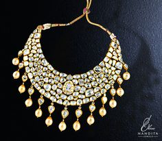 Mesmerizing collection of #necklaces with impeccable designs! #jewelry #GoldNecklace