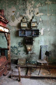 by Joe Collier 2005 Abandoned Buildings, Abandoned Mansions, Old Buildings, Derelict Places, Abandoned Places, Joe Collier, Urban Decay Photography, Growth And Decay, Urban Landscape