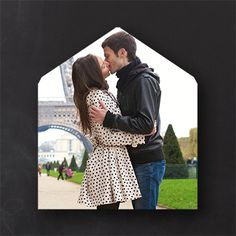 200 for $110   Make a statement with this classic outer envelope liner featuring a favorite photo.