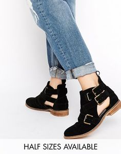 AMY Cut Out Suede Ankle Boots