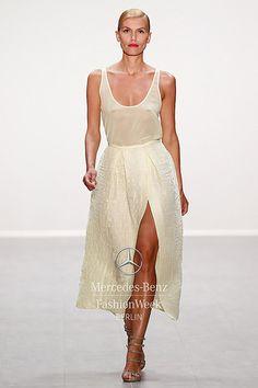 RIANI S/S 2015 Fashion Week Berlin 2014