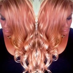 Rose Gold/Blush ombré hair color by Jenn at Mod Squad Salon, Saline Michigan Used L'ANZA color and products. Pretty top color for all over Hair Color Dark, Ombre Hair Color, Hair Color Balayage, Cool Hair Color, Hair Colors, Rose Gold Ombre, Rose Gold Hair, Ombré Hair, Blush